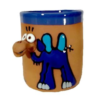 Clay cups animal motifs Camel blue
