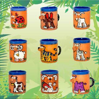 Tasses en argile motifs animaux